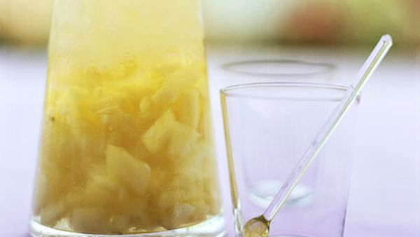 Rum-pineapple punch