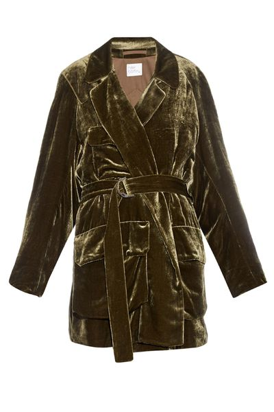 <p>The only problem with this luxe moss green velvet jacket is that everyone would want to touch it.</p>