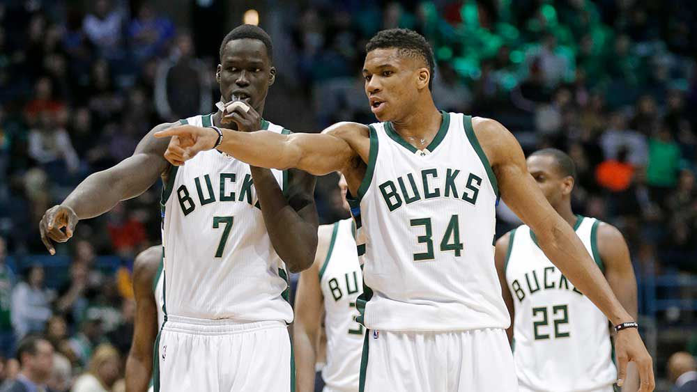 Thon Maker (L) and teammate Giannis Antetokounmpo. (AAP)
