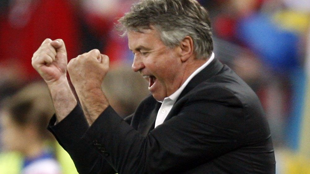 Hiddink to coach Chelsea: reports