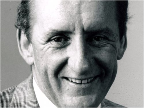"""Tim Fischer was remembered as a champion of rural  Australia and a good bloke known as """"the man in the hat"""" , as parliamentary colleagues paid tribute to politician, who died last night."""