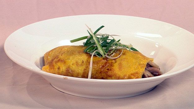 Duck omelette in miso broth