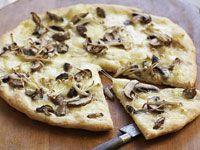 Mushroom & Cheese Pizza