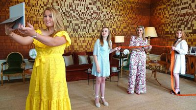 Queen Maxima and daughters virtually open 'free market', April 2020