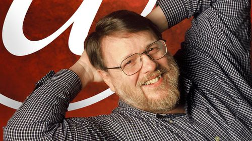 Inventor of email Ray Tomlinson dies aged 74