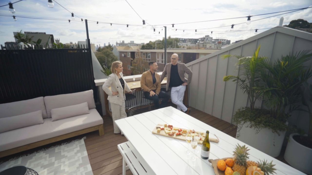 andy and deb u0026 39 s rooftop terrace  garage and redo room revealed  watch the block 2019  short video