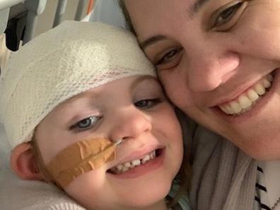 Kate Fisher sick daughter recently in ICU letter to Novak Djokovic on behalf of sick kids re coronavirus