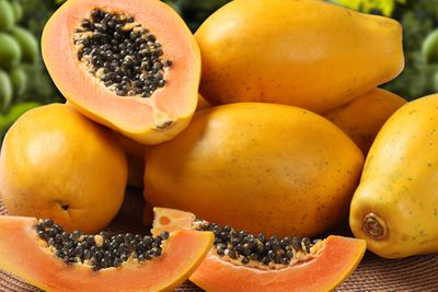 Papaya: 8g sugar per 100g