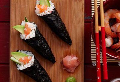Sushi hand rolls