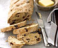 Date and walnut oat bread