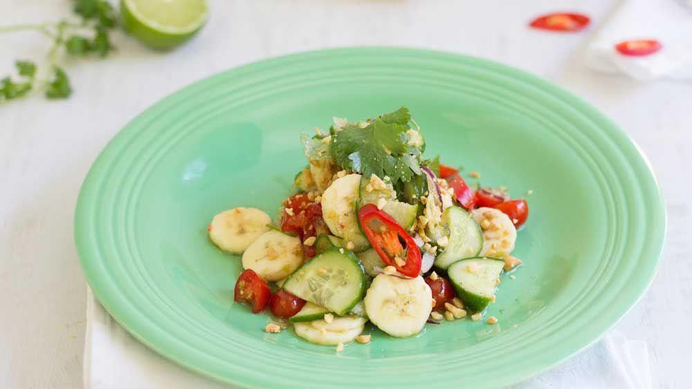 Banana som tum Thai salad