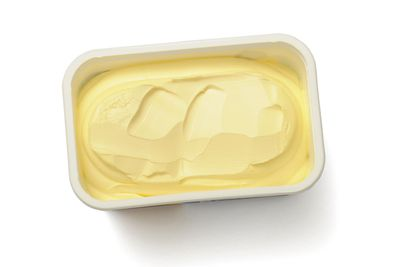 Low-fat margarine