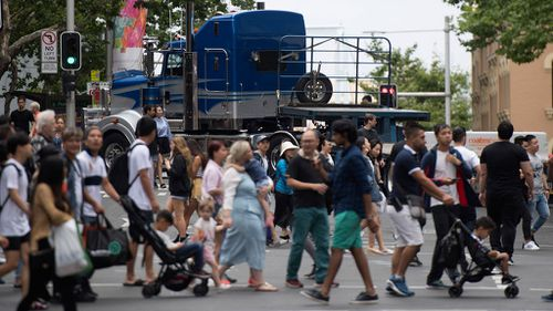 Thousands of shoppers passed through Pitt Street Mall today to take advantage of Boxing Day sales. (Image: AAP)