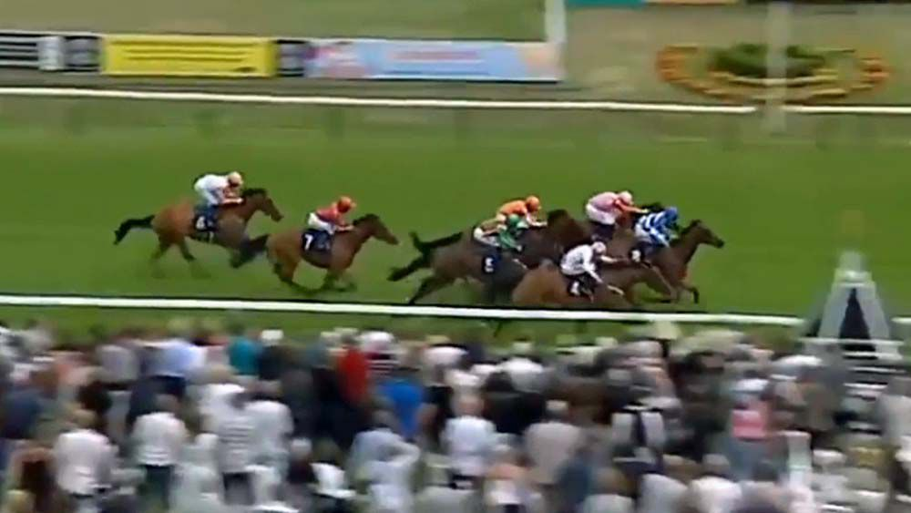 """Wrong"" horse wins English race"