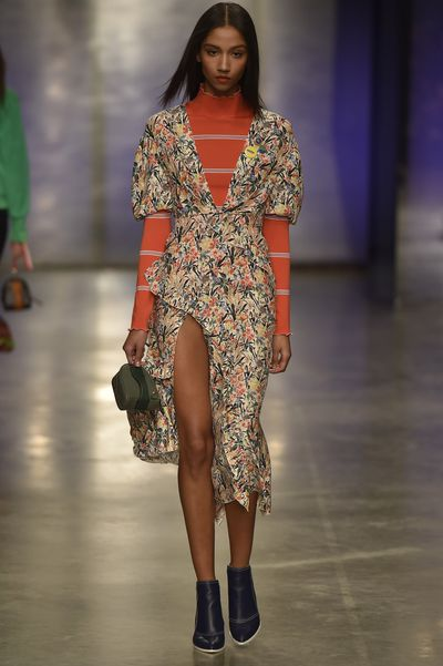 Countdown the trends at Topshop Unique<br /> London Fashion Week