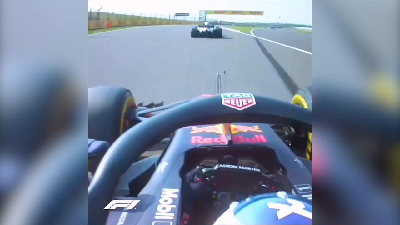 Daniel Ricciardo wins F1 overtake of the season with savage move Valtteri Bottas