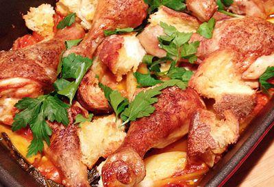 Chicken drumsticks with panzanella