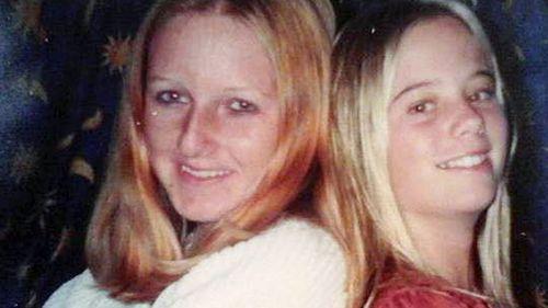 Lee Ellen Stace (left) and her best friend Terri. (Supplied)