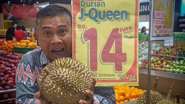 Durian fruits go on sale for $1,300 each