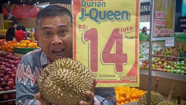 Durian fruits go on sale for $1,300 each