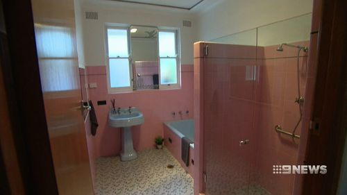 The owner is an avid vintage fan and passionately wants the bathroom to stay.