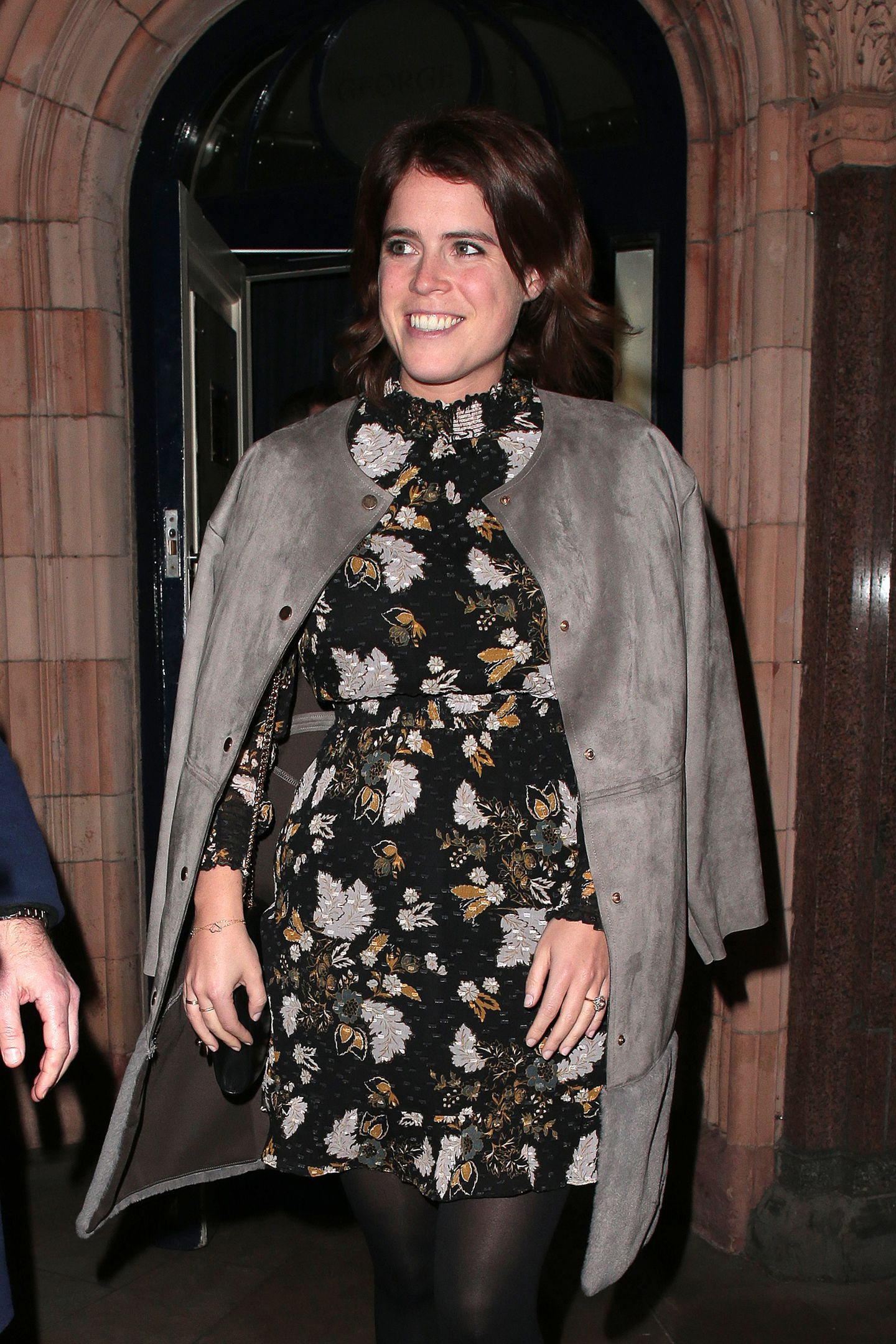 Padparadscha Sapphire Engagement Ring The Princess Eugenie Engagement Ring Is Worth More Than