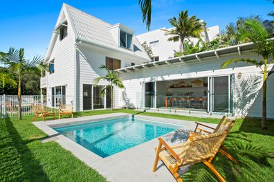 Barra Luxe Beach House, Point Arkwright, Queensland