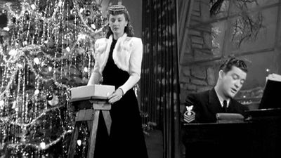 13. Christmas in Connecticut (1945)