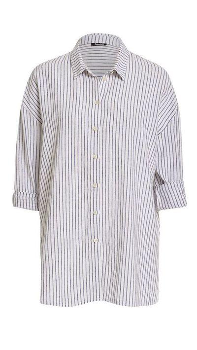 <p>The striped shirt</p>