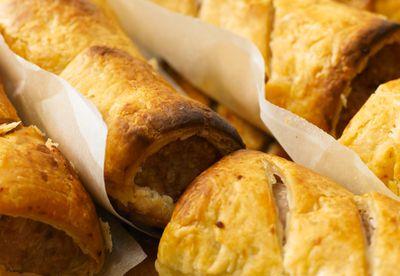 Vegetarian 'sausage' puffs