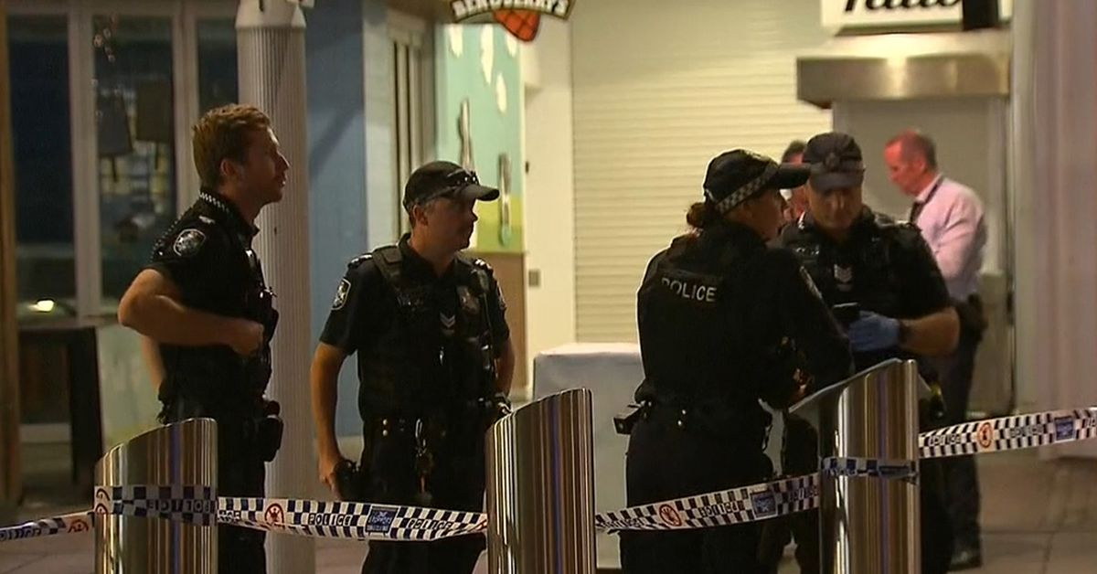 Two men charged with murder after stabbing in Surfers Paradise – 9News