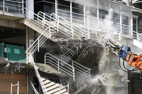 Demolition work is seen underway at Allianz Stadium in Sydney, Thursday, March 14, 2019.(AAP Image/Dan Himbrechts)