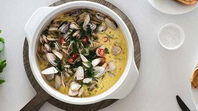 """Recipe:<a href=""""http://kitchen.nine.com.au/2017/08/03/11/47/drunken-garlic-clams"""" target=""""_top"""">Drunken garlic clams</a>"""