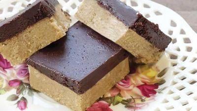 "<a href=""http://kitchen.nine.com.au/2016/05/20/10/56/peanut-butter-chocolate-quinoa-bars"" target=""_top"">Peanut butter chocolate quinoa bars</a> recipe"