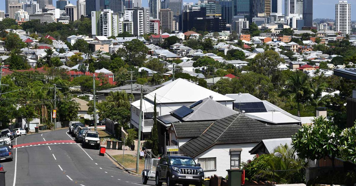 Brisbane house prices at record highs – 9News
