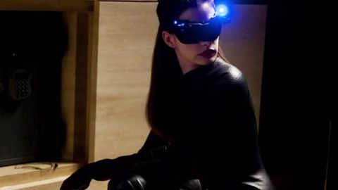 Watch: Anne Hathaway's transformation into Catwoman in <i>The Dark Knight Rises</i> 13-minute clip