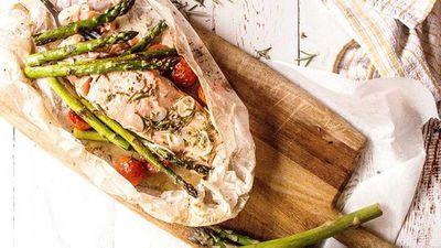 "Recipe:<a href=""http://kitchen.nine.com.au/2017/09/01/07/46/lemon-baked-salmon-with-spring-asparagus"" target=""_top"">Lemon baked salmon with spring asparagus</a>"