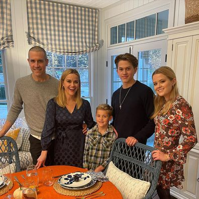 Thanksgiving 2020, celebrities, celebrate, holiday, Reese Witherspoon