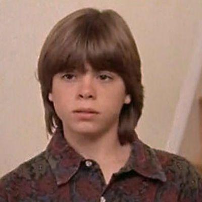 Matthew Lawrence as Chris Hillard: Then