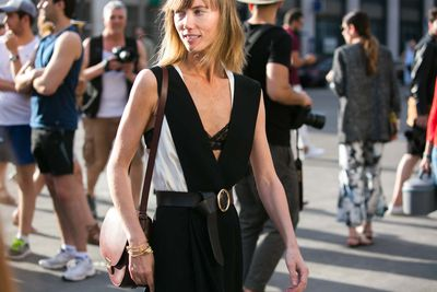<p>When contemplating a new bag purchase, it can be easy to eschew cream, tan and oxblood in favour of ever-versatile black. But before you hit 'add to cart' on yet another bag in the go-to colour, here are 10 new-season styles in hues that will prove just as wearable.</p>