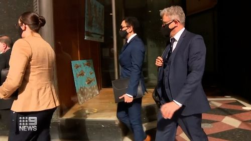 Sydney man avoids jail after pleading guilty to bashing teenage girls