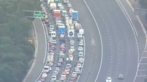 Traffic blocked the Eastern Freeway following the crash. (9NEWS)