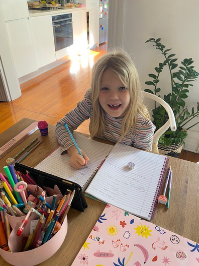 Journalist Brooke Campbell shares photo of daughter doing homework in Sydney's lockdown