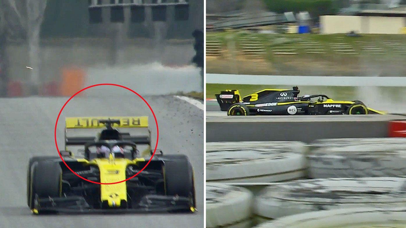 Ricciardo's rear wing flies off