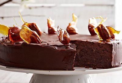 Chocolate nut cake