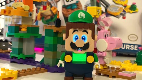 The LEGO Luigi starter course comes with Luigi, Pink Yoshi and two bad guys to build.