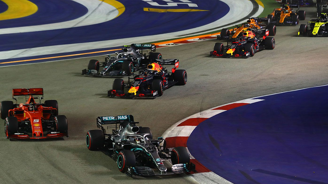 Drivers had to take it easy in the opening stages of the Singapore Grand Prix to preserve tyres.