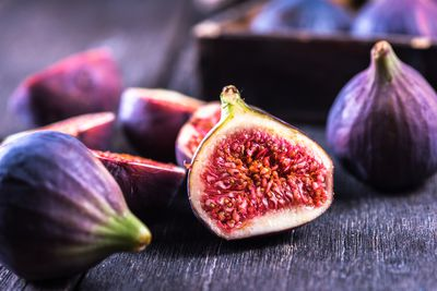 <strong>Figs</strong>