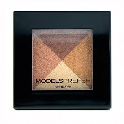 "<a href=""https://www.priceline.com.au/models-prefer-fame-fortune-highlighter-quad-7-4-g"" target=""_blank"">Models Prefer Fame &amp; Fortune Highlighter Quad 7.4 G, $10.99</a>"