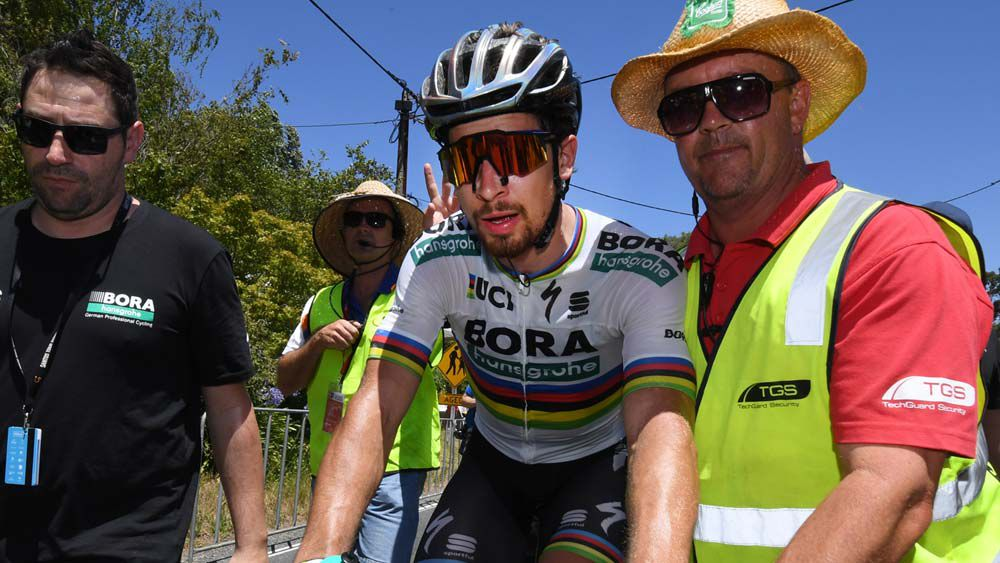 Sagan claims Tour stage in extreme heat